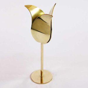 award golden tulip of reflective bronze