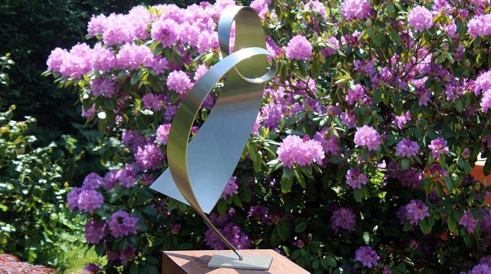 fraai RVS sculptuur van een hart