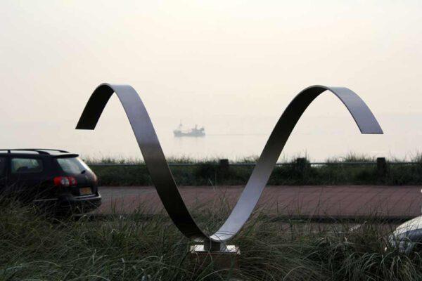 Wave- Heart - abstract modern sculptuur van RVS