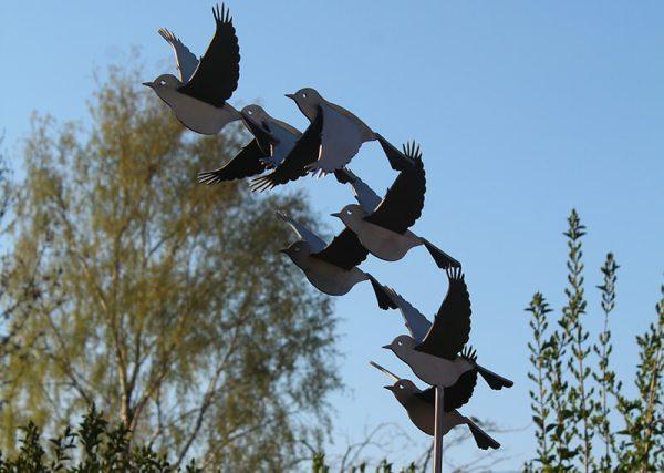 bird image abstract-stainless steel-sculpture-birds-puttertjes