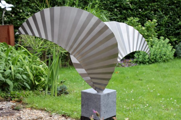 art commissioned sculpture Wings by RVS 316