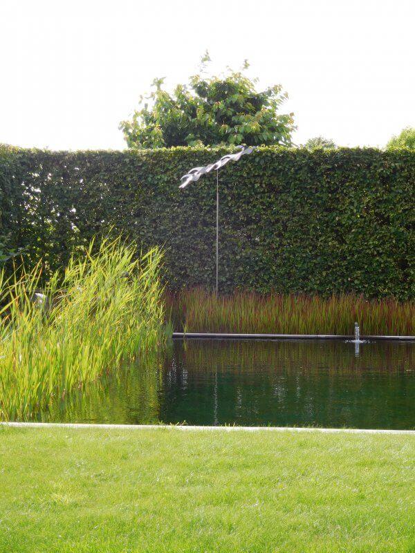 stainless steel sculpture a bird's eye view in Belgium