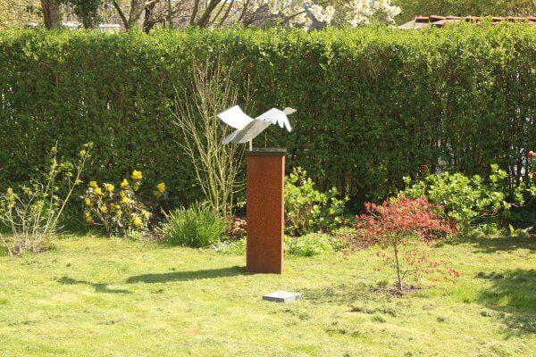 stainless steel-image-swan-garden sculpture