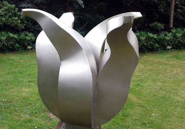 Stainless steel garden sculpture-stainless steel tulip