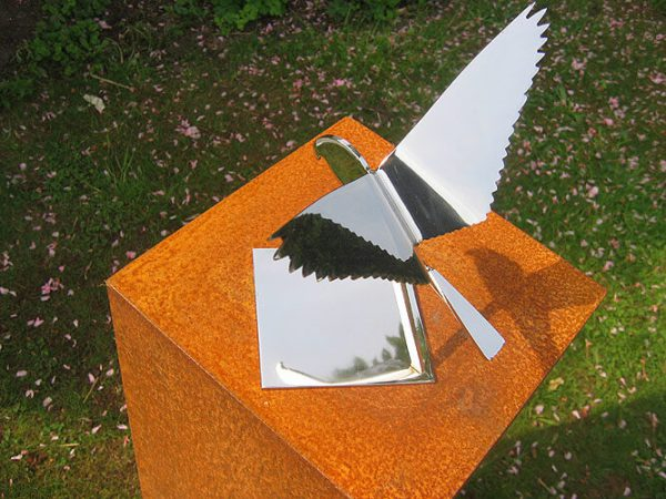 bird image-stainless steel falcon-seen from above